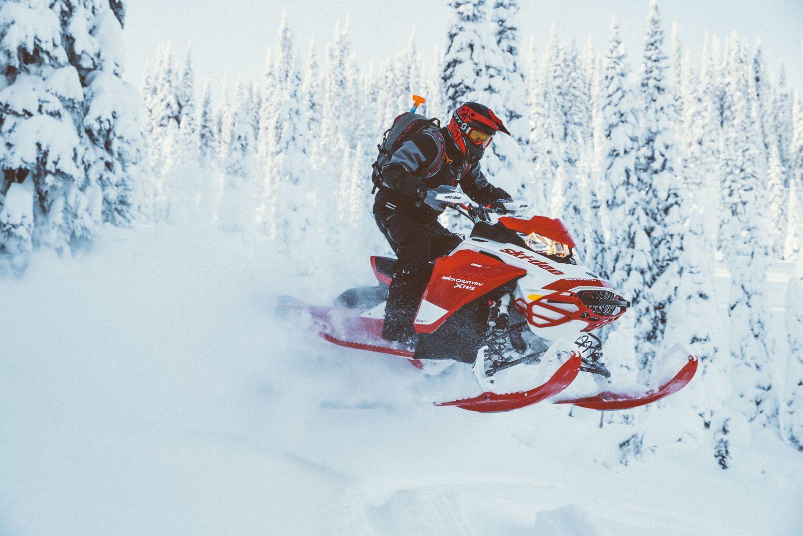 Ski-Doo® X-RS jumping snow berm
