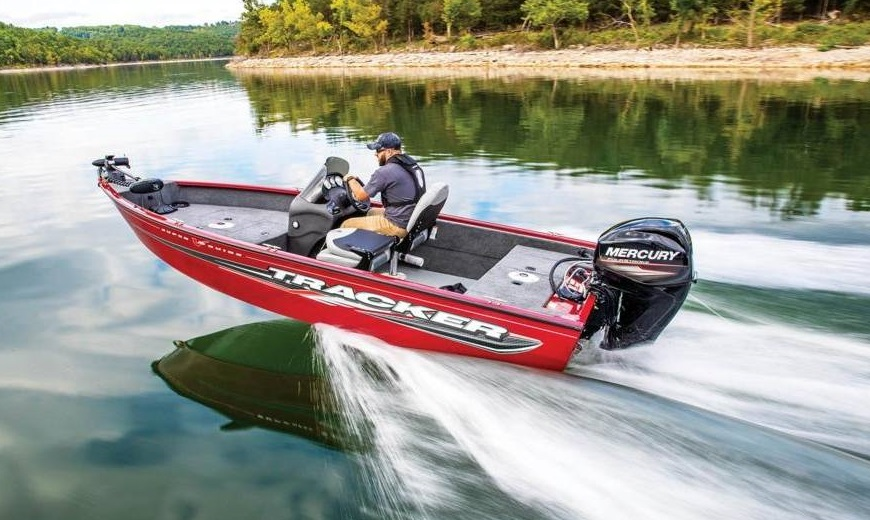a man using a 2019 Tracker Super Guide™ V-16 SC