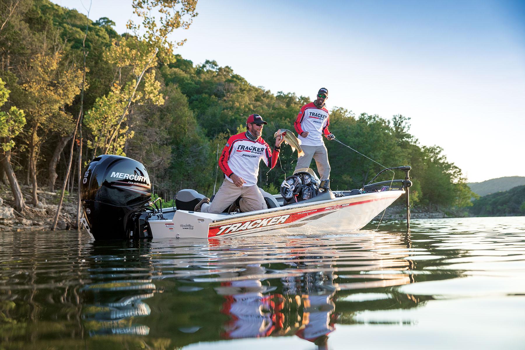 2019 Tracker Fishing Boat
