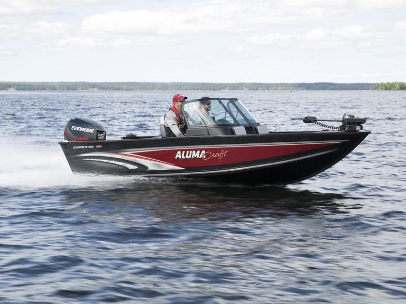 2019 Alumacraft Competitor 165 Sport boat