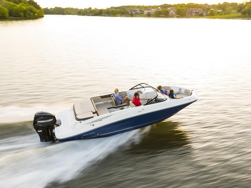 Family enjoying water with their 2019 Bayliner VR6 Bowrider