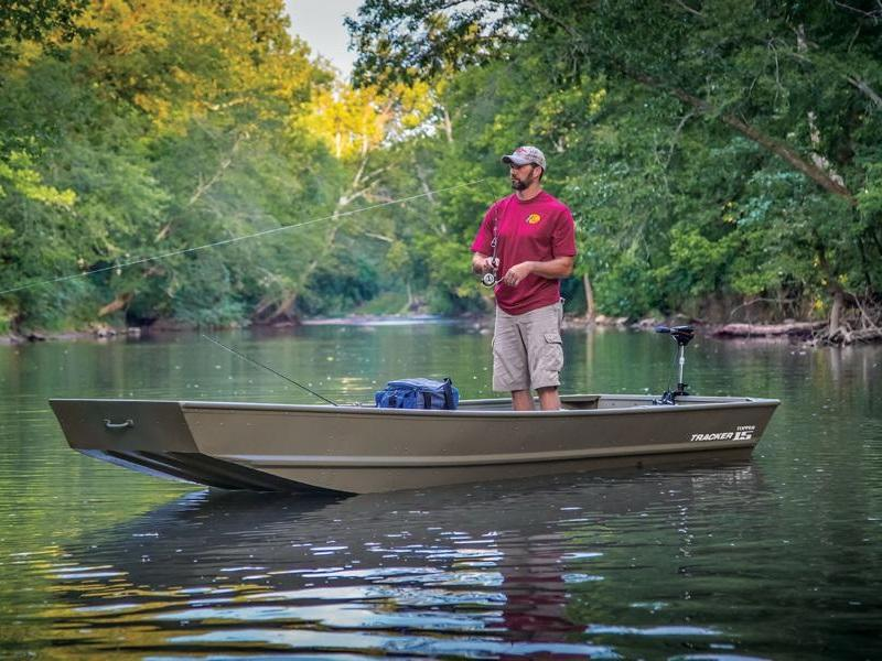 Man fishing on a Tracker® Topper 1542