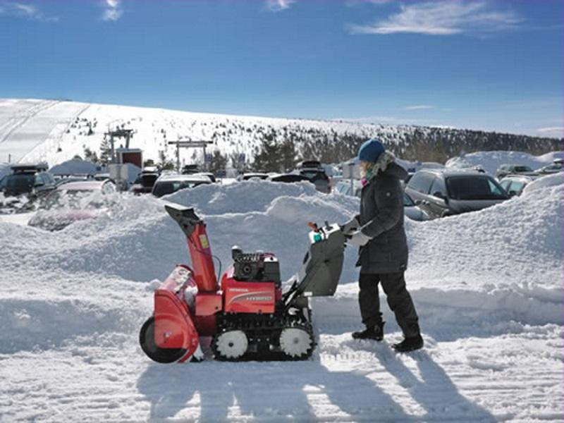 2019 Honda® Power Equipment Two Stage Snowblower in use