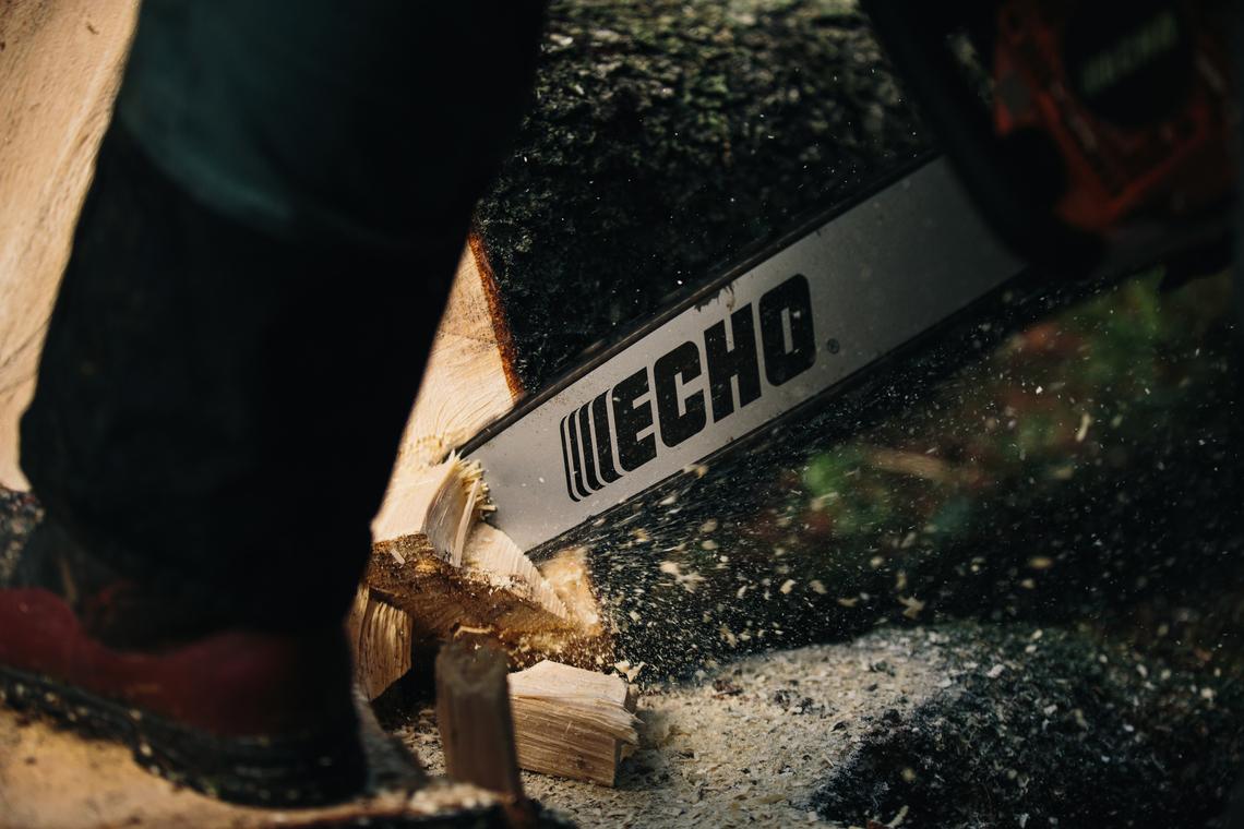 2019 Echo Chainsaw cutting wood