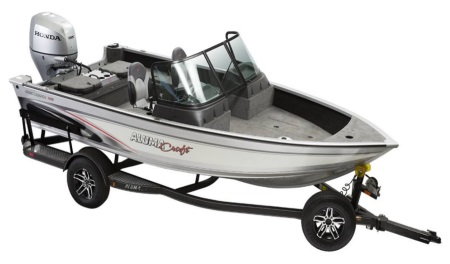A 2019 Alumacraft Competitor 175 Sport fishing boat