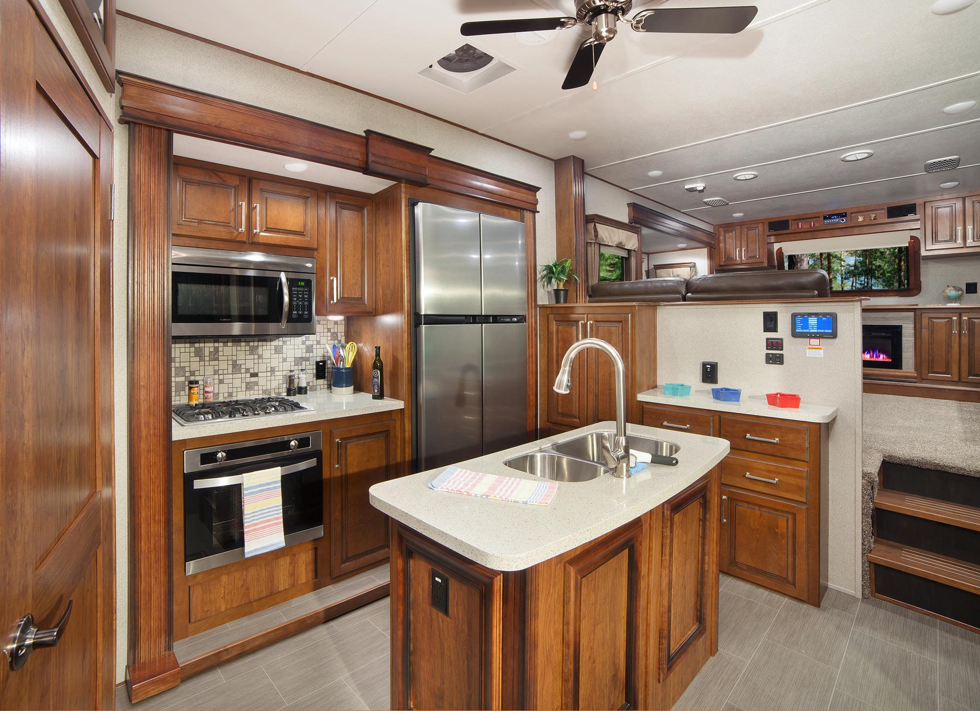 Keystone Alpine Fifth Wheel Kitchen, Tiffin, IA