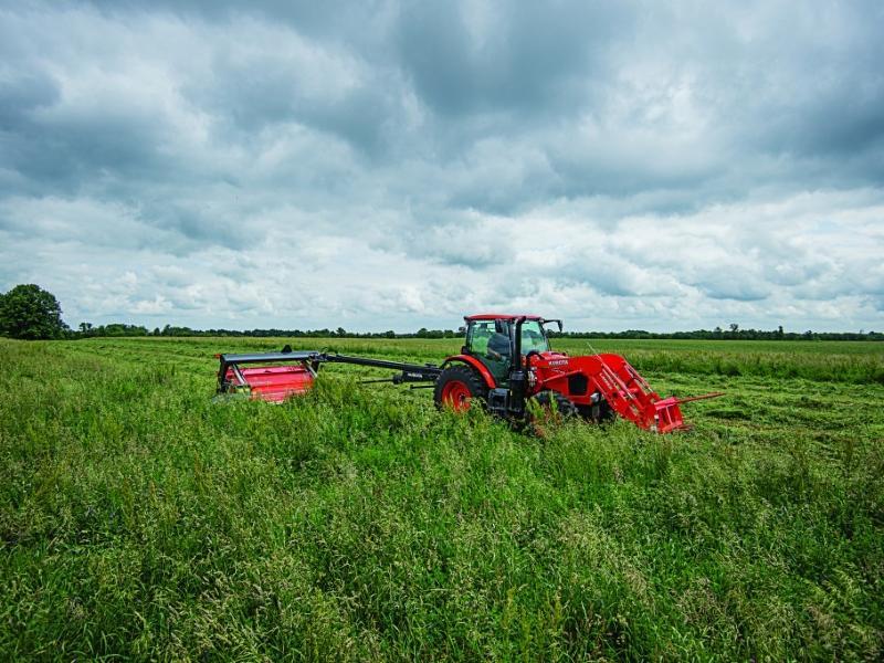 2019 Kubota M6-101 tractor