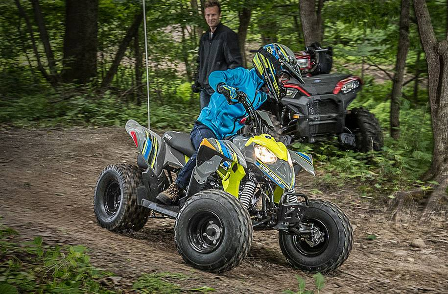 2019 Polaris Industries Outlaw® 110 - Avalanche Gray/Lime Squeeze