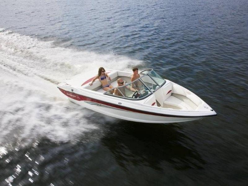 Boats from Chris Craft The Cove