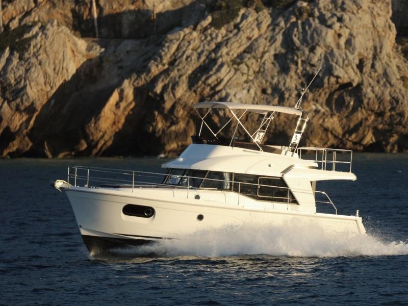 2018 Beneteau Swift Trawler 35 on the water