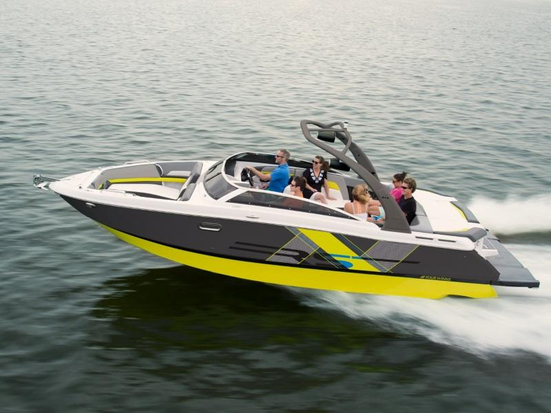 Four Winns H260 Bow Rider Boat