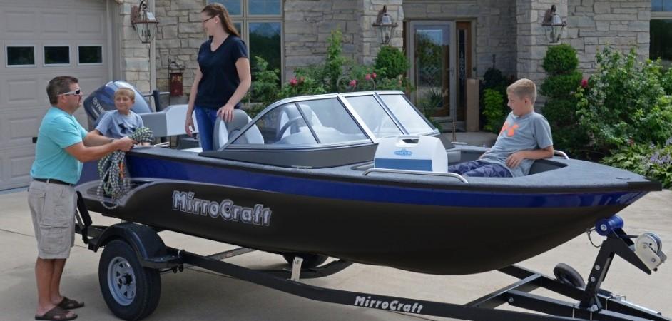 MirroCraft Boat
