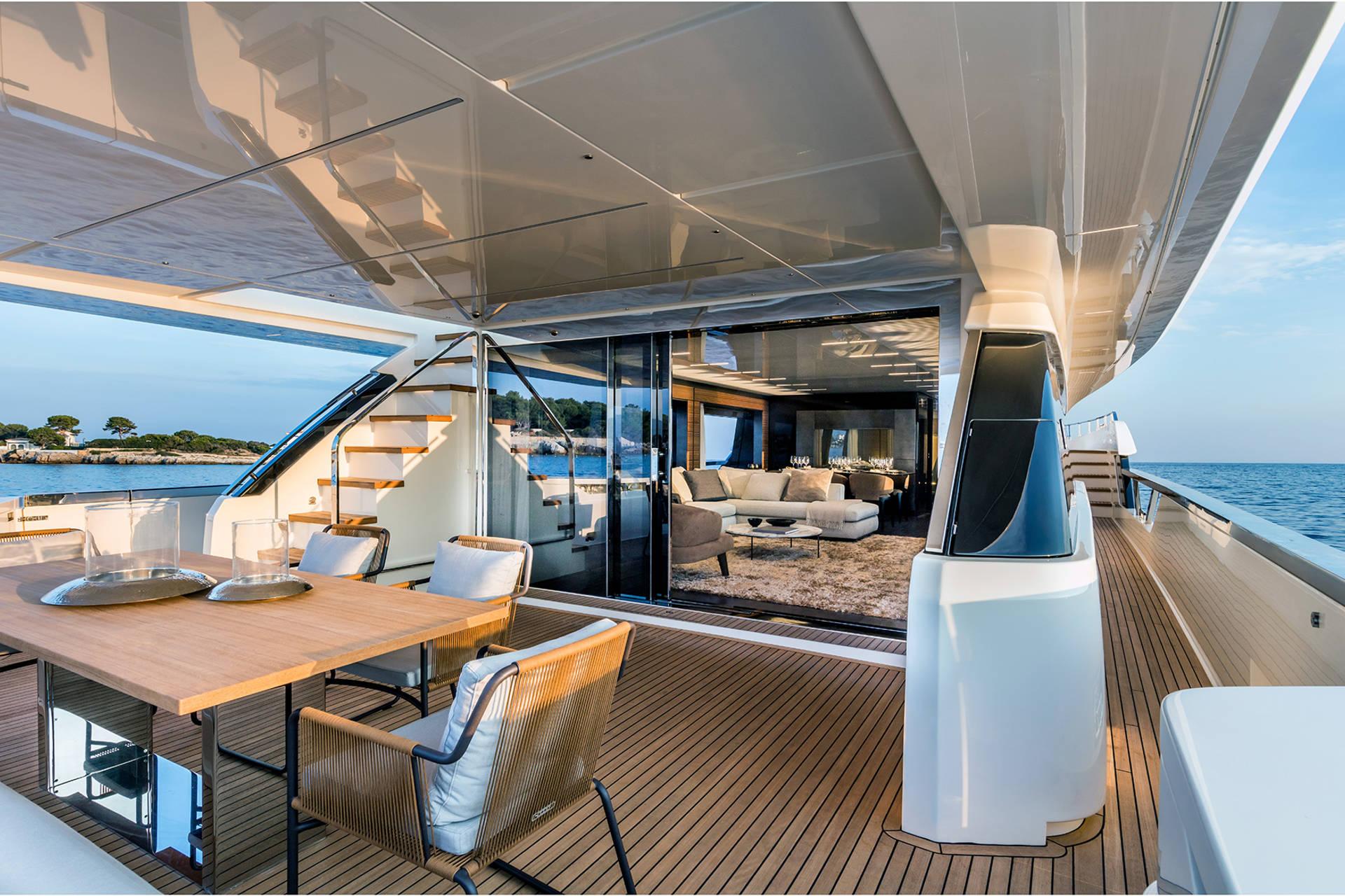 Ferretti Yacht Custom Interior