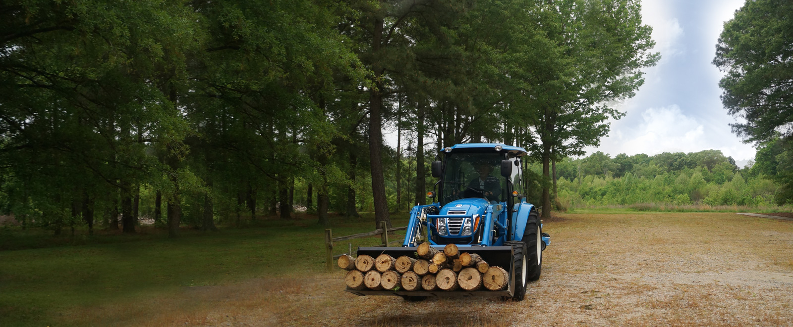 2018 LS XR Compact Tractor