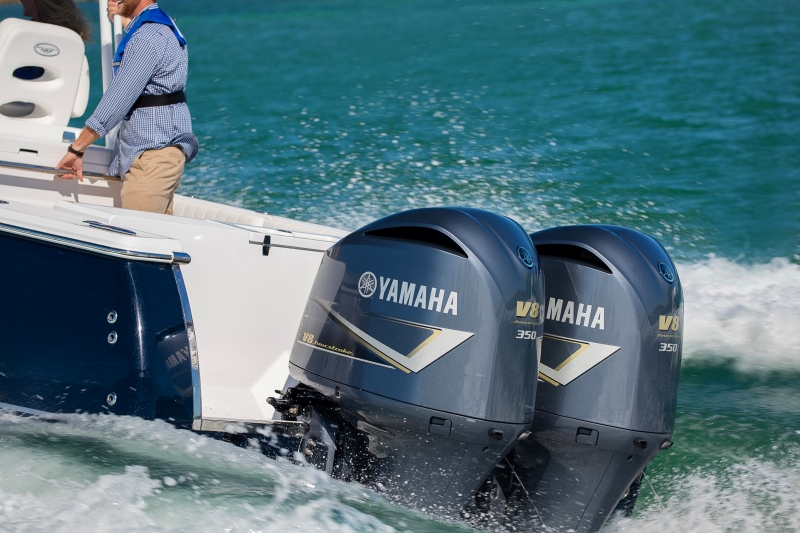 Close Up of 2019 Yamaha F350C Outboard Motors
