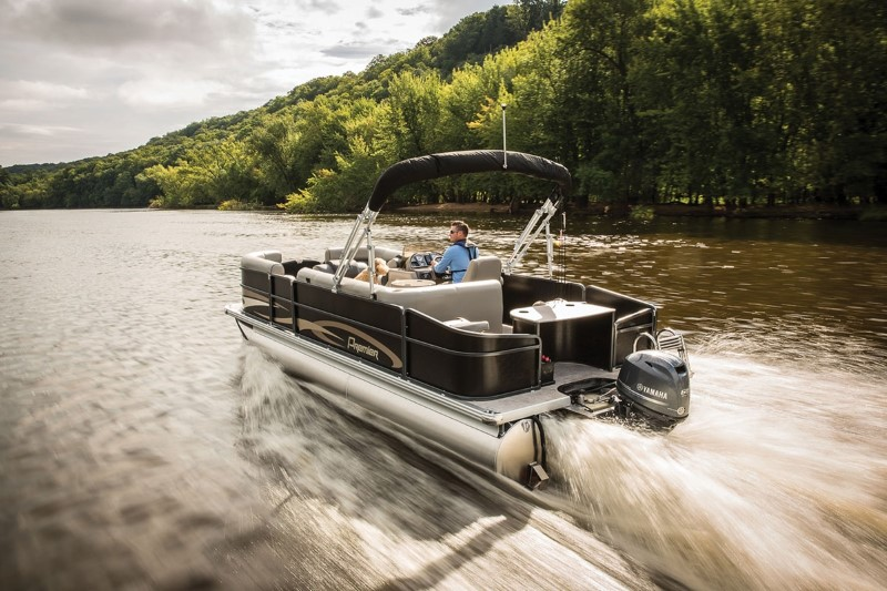 Yamaha Premiere T60 High Thrust Outboard on Pontoon